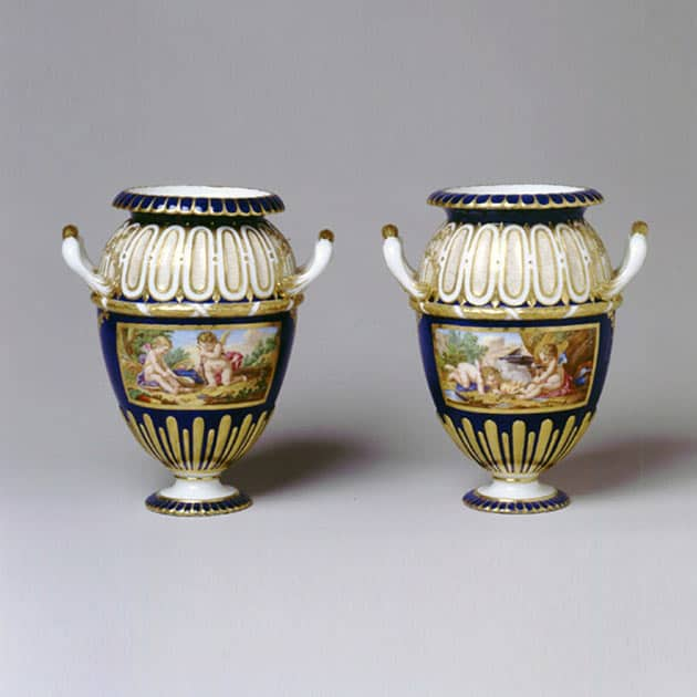 A Pair Of Very Rare Svres Vases Danemark Ornements Circa 1765
