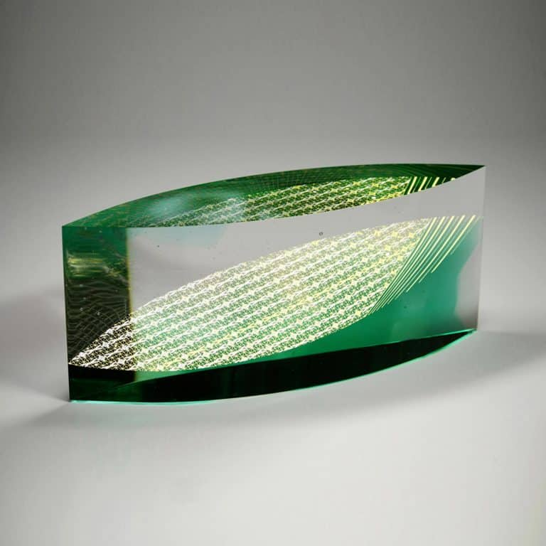 Glass sculpture by Akane Yamamoto