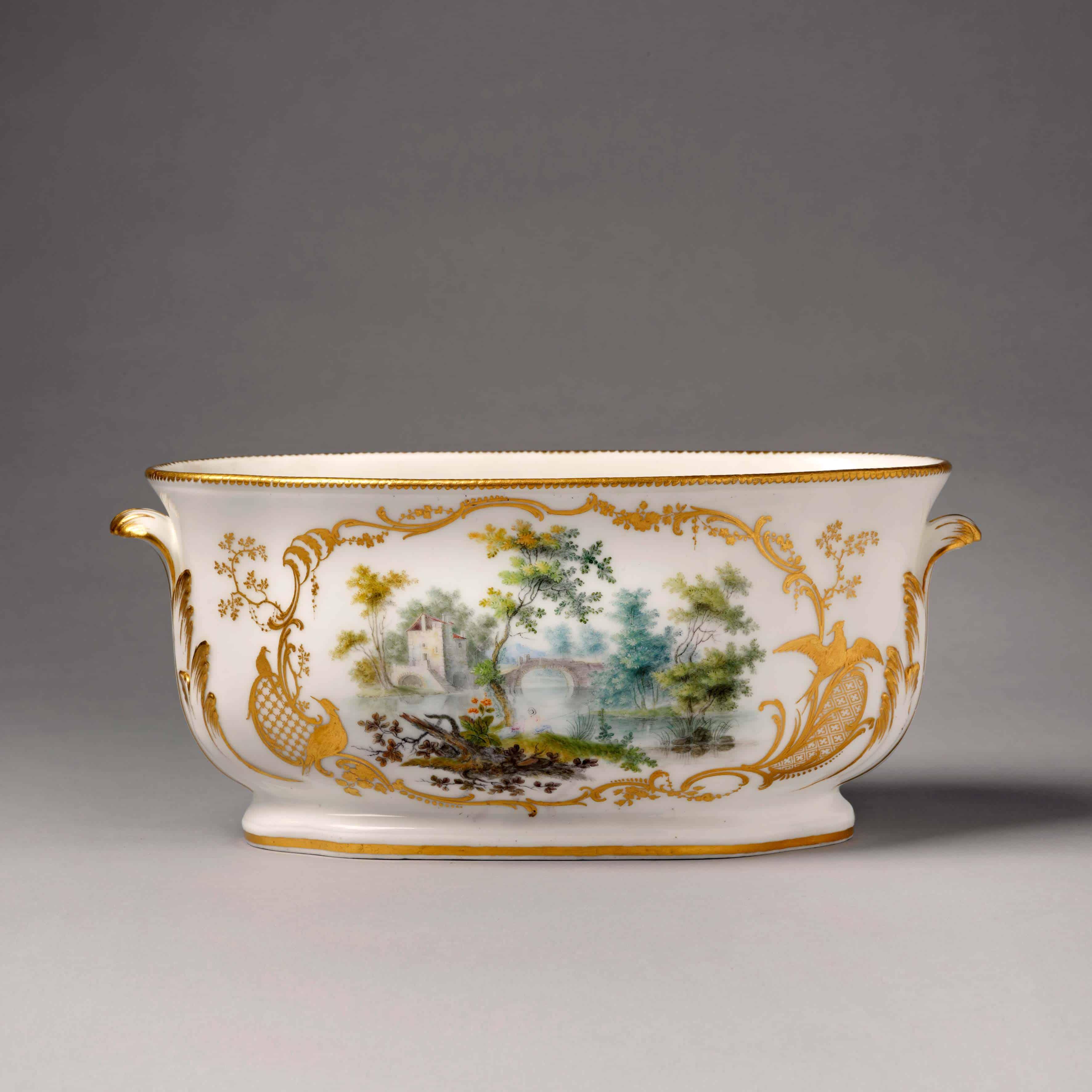 a vincennes porcelain flower vase 1755 6 adrian sassoon. Black Bedroom Furniture Sets. Home Design Ideas