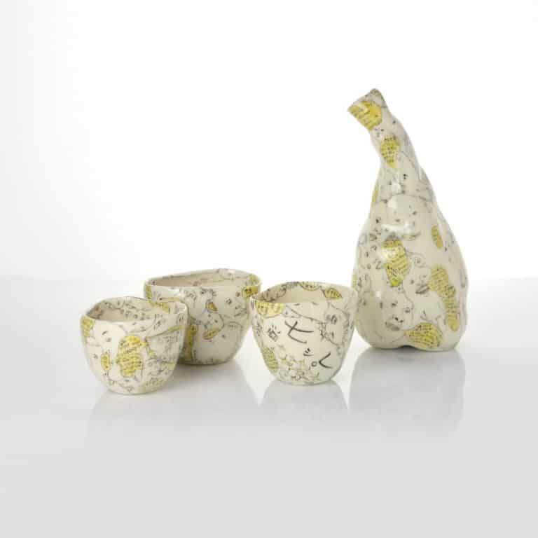 Hitomi Hosono ceramic sculpture
