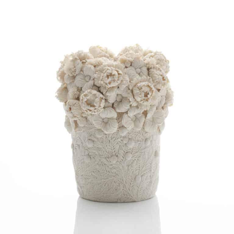 A Mugiwara-giku, English Daisy and Feather Leaves Vase, 2019