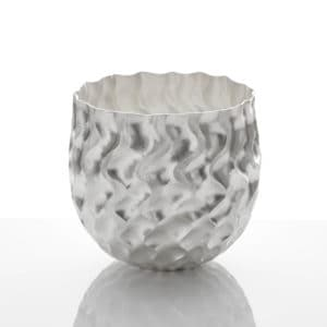 Hiroshi Suzuki Seni Vase, 2020 Hammer-raised and chased Fine silver 999 Made by the artist in Japan
