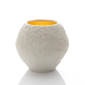 Hitomi Hosono A Very Large Chrysanthemum and Keyaki Leaf Bowl, 2020 Moulded, carved and hand-built porcelain with yellow gold leaf interior