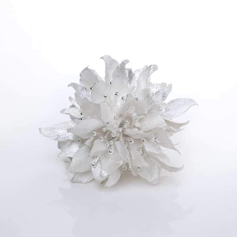 Junko Mori Silver Organism; Sakura Dew, 2020 Forged Fine silver 999, 840g