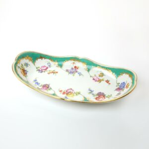 A Sèvres Tray (plateau bateau) green panels, flowers by Taillandier, 1758